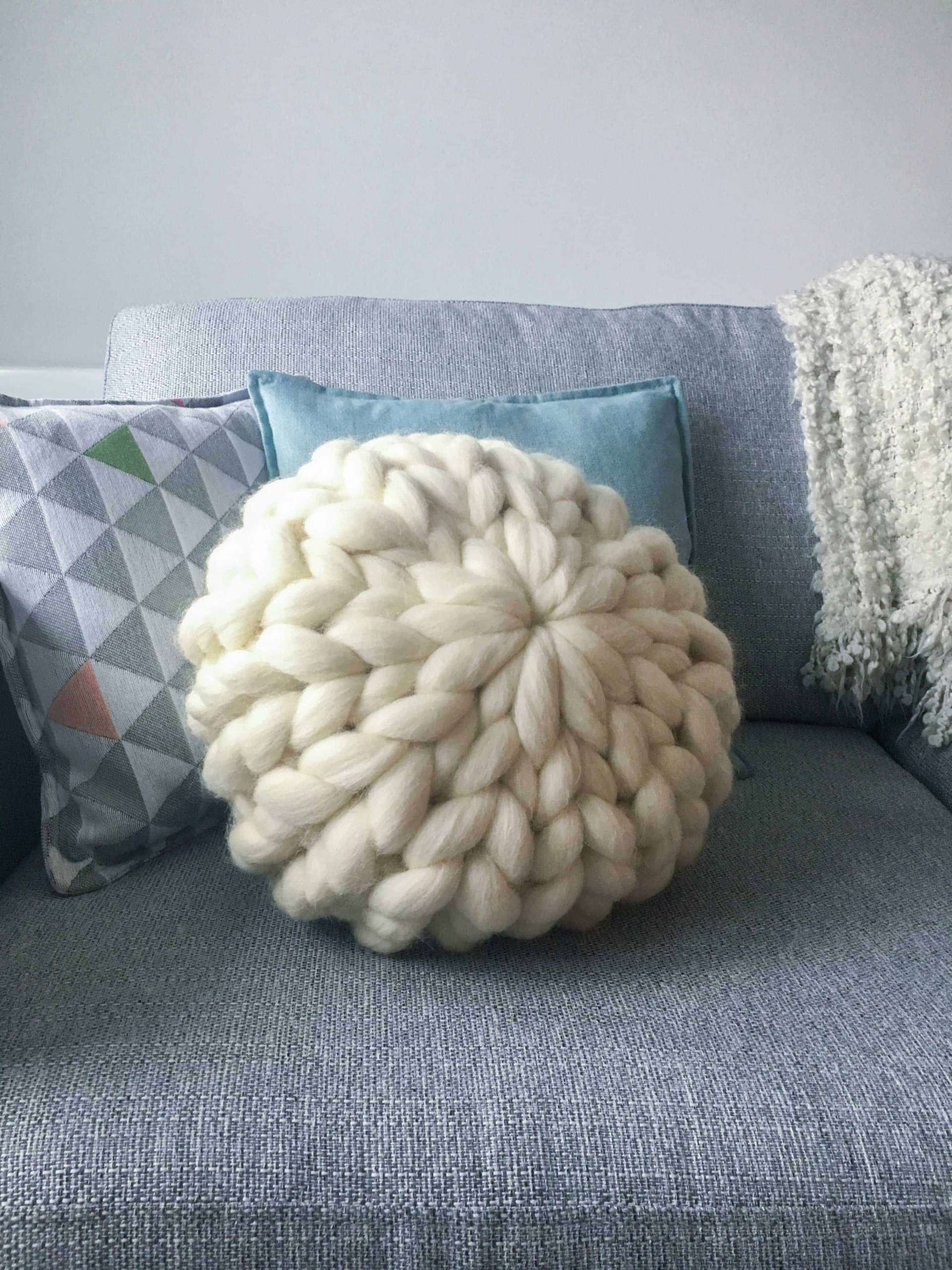 Giant Knit Pillows Off The Wool